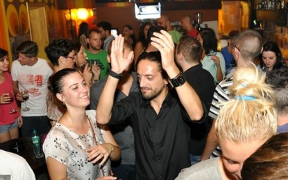 FOTO: Electro 4 the week-end în Juice Cafe, sâmbătă 25 august 2012