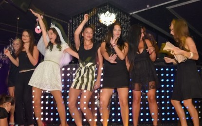 FOTO: Girls night out, sâmbătă 1 septembrie 2012 în Club The ONE