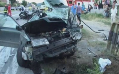 3 morti si 4 raniti pe DN 7 – Tragicul accident produs de un sofer bihorean ( VIDEO )