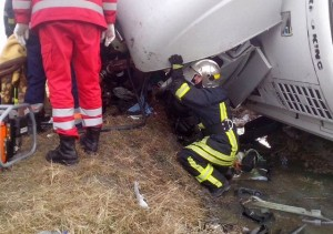 accident camion descarcerare